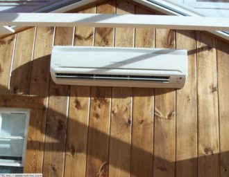 netr_ductless_air_conditioning_system_in_sun_room